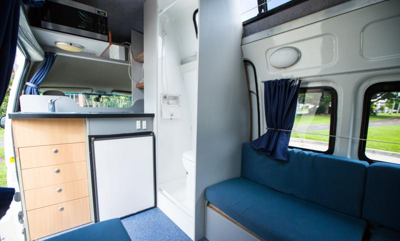 5 Berth Hi Top With Shower And Toliet